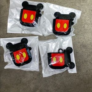 Mickey Mouse 1st/2nd Gen AirPod Case